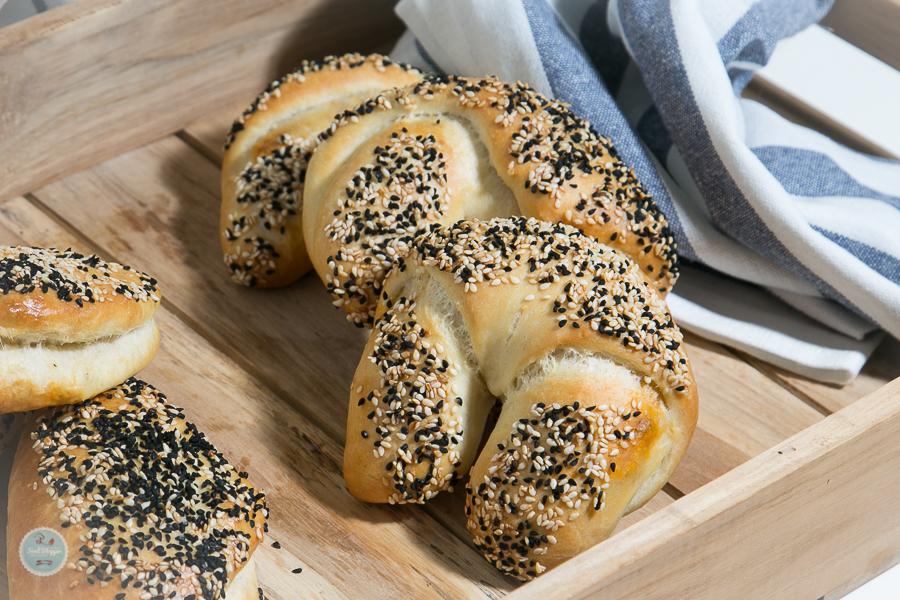Pogaca Turkische Gefullte Teigtaschen Hornchen Rezept Foodblog